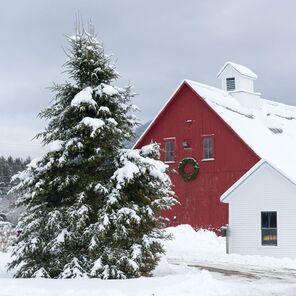 Red barn at Franconia Inn